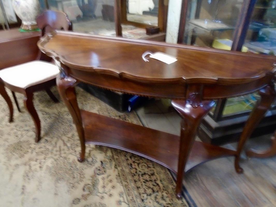 Canterbury used furniture antiques inc canterbury - Refurbished living room furniture ...